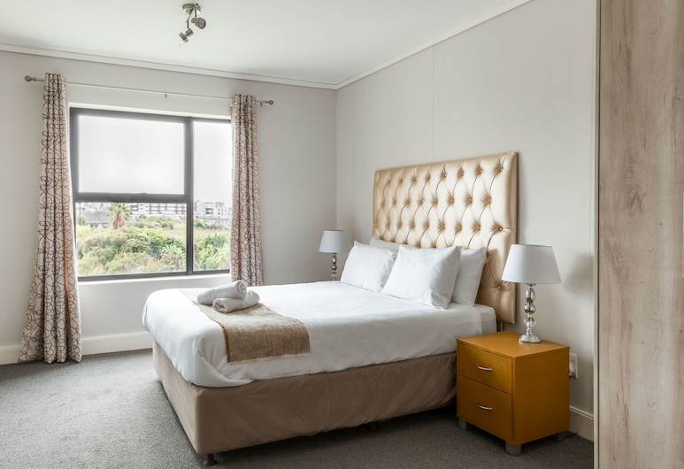 Waters Edge 205 by CTHA , Cape Town, Apartment, 2 Bedrooms, Room