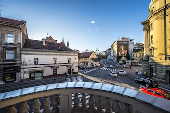 Enter your dates for our Zagreb last minute prices