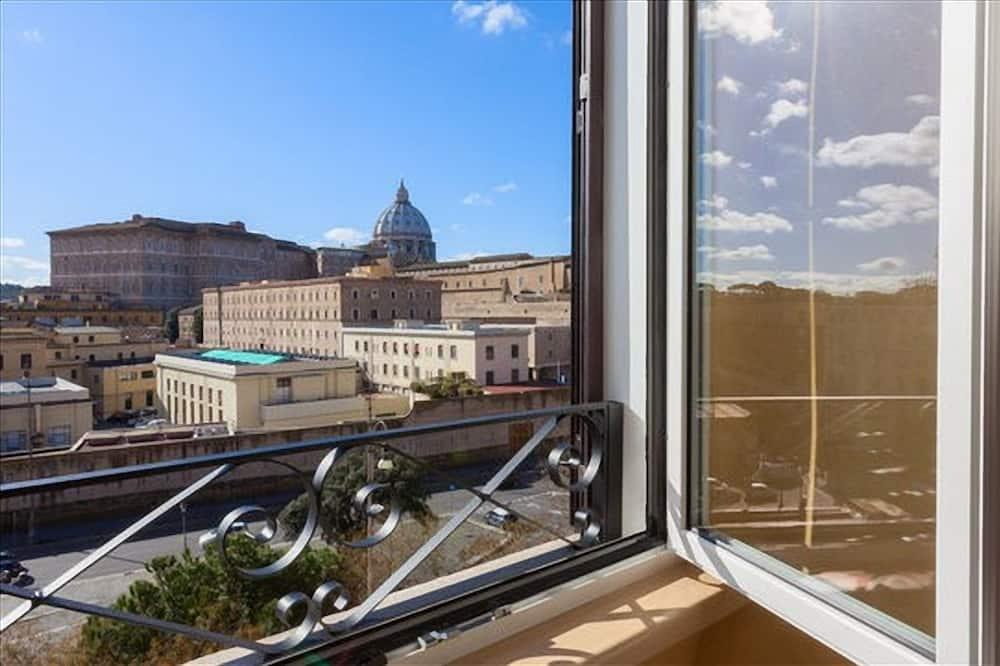 Розкішний чотиримісний номер - З видом на місто