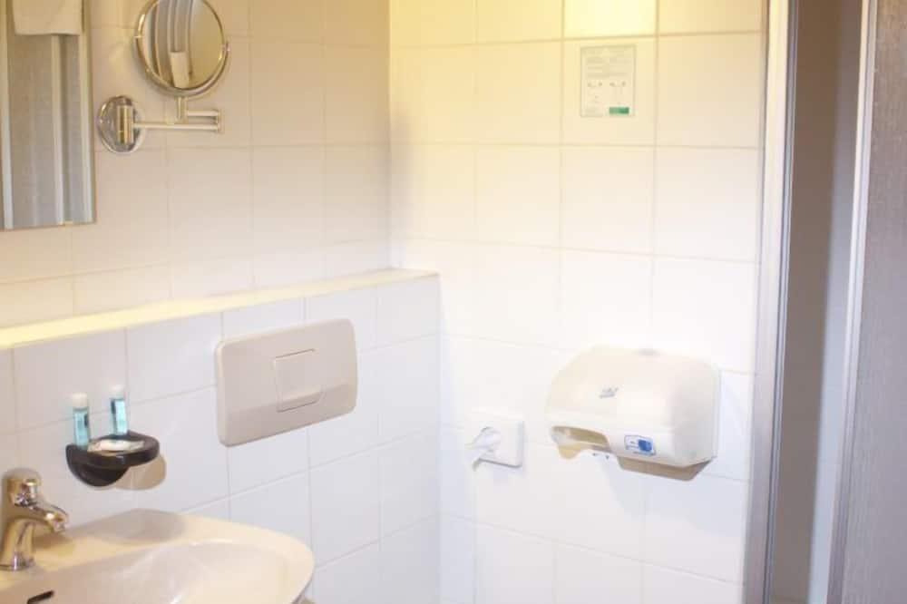 シングルルーム シングルベッド 1 台 - バスルーム