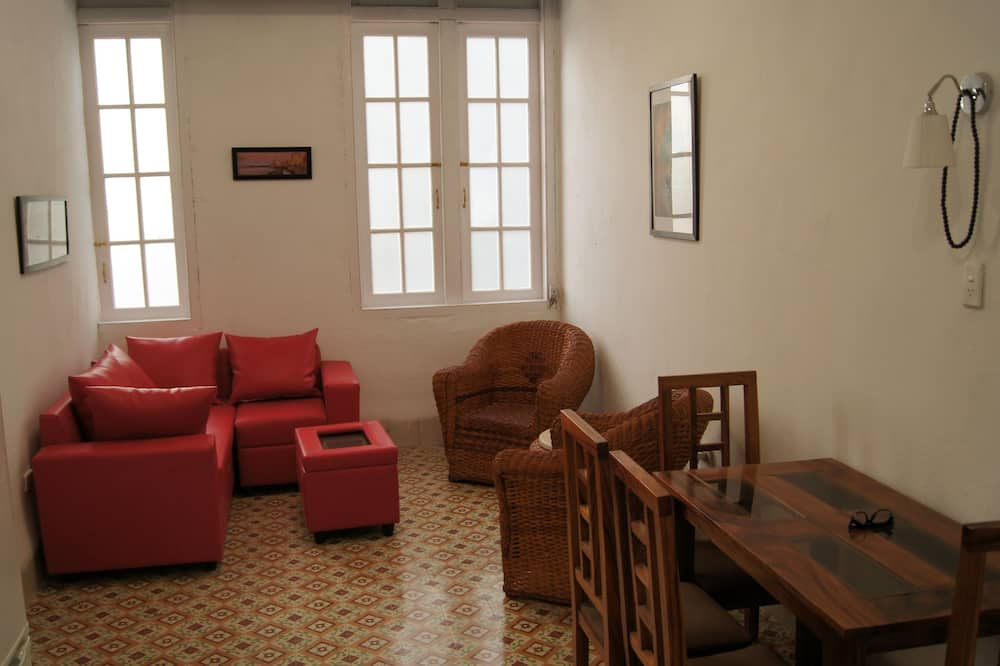 City Διαμέρισμα, Περισσότερα από 1 Κρεβάτια, Θέα στην Πόλη - Καθιστικό