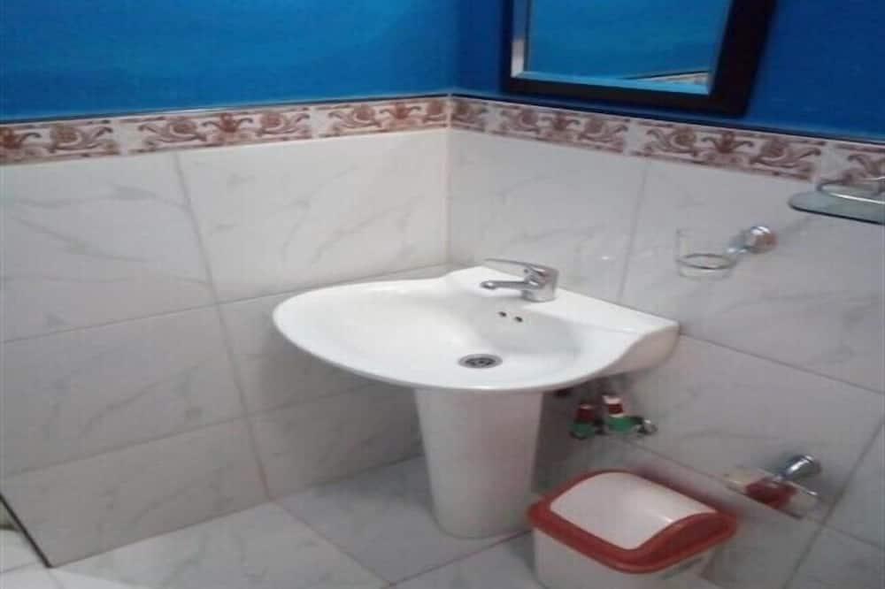 베이직룸, 더블침대 1개 - 욕실
