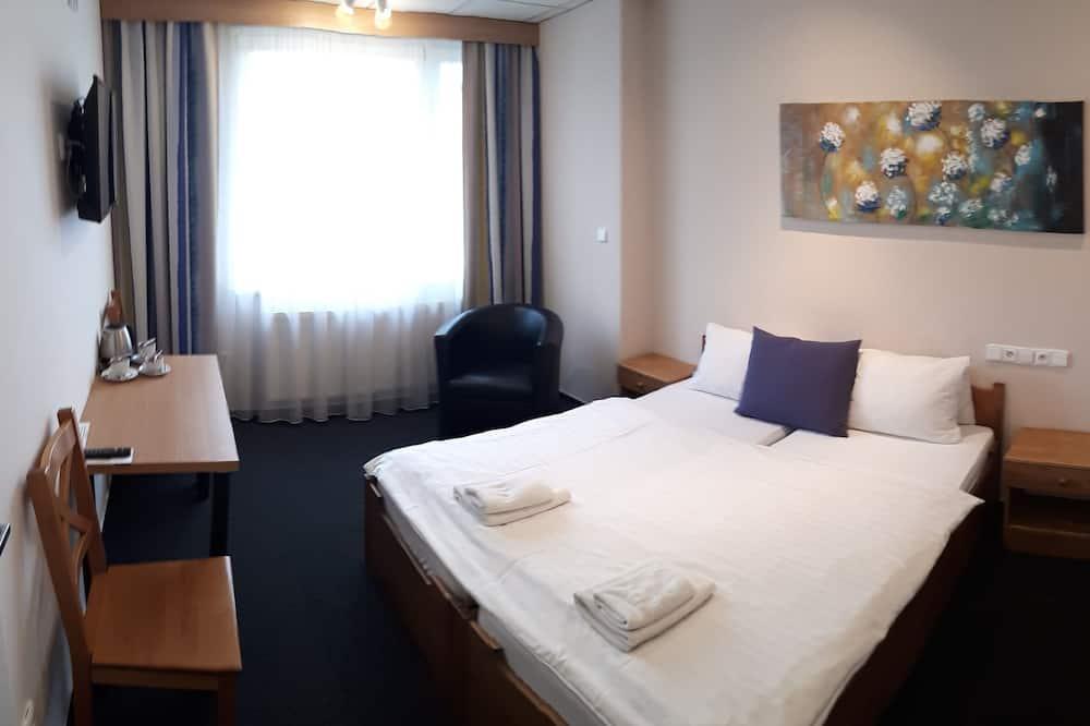 Standard Double or Twin Room (3) - Ruang Tamu