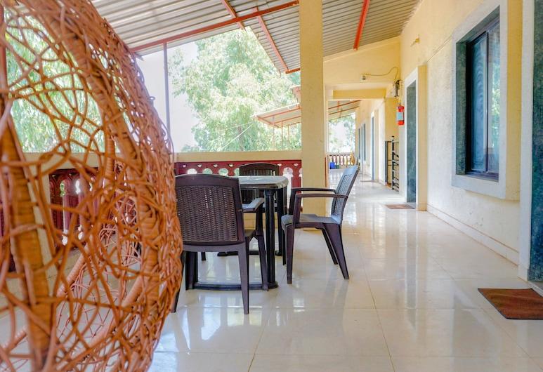 Hotel Silver Inn, Mahabaleshwar, Obiteljska soba, Terasa/trijem