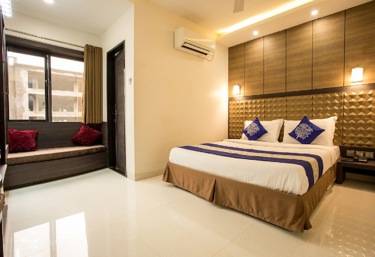 Anroute Stays South Tukoganj, Indore, Executive Room, 1 Double Bed, Guest Room