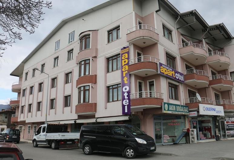 埃爾津詹公寓酒店, 艾爾金疆