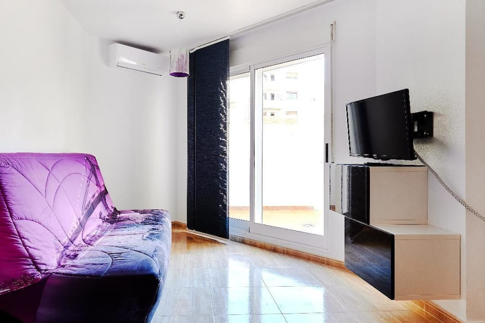 Apartmán, 2 spálne, výhľad na bazén - Obývačka