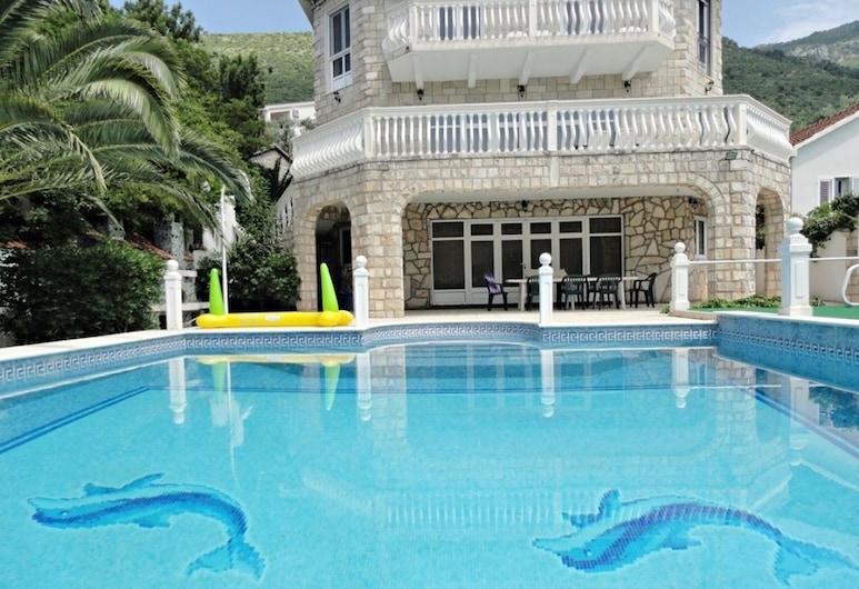 Petrovac Villa With Pool, Petrovac