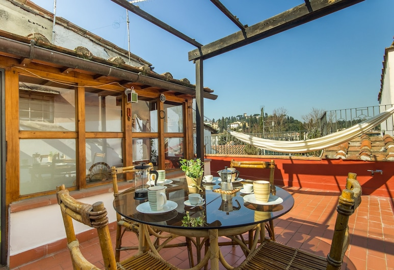 Glida - Spacious and welcoming apartment with large terrace, Florence
