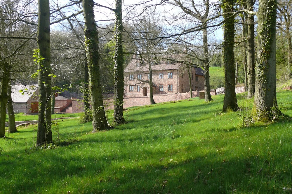 The Larches Ledbury Bed and Breakfast
