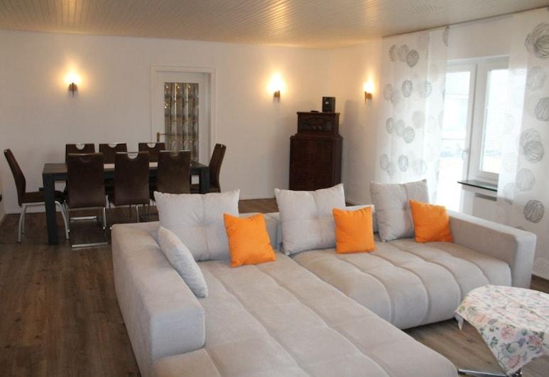 施羅施堡鄉村飯店, 梅德巴赫, 公寓 (Ferienwohnung 6), 客廳