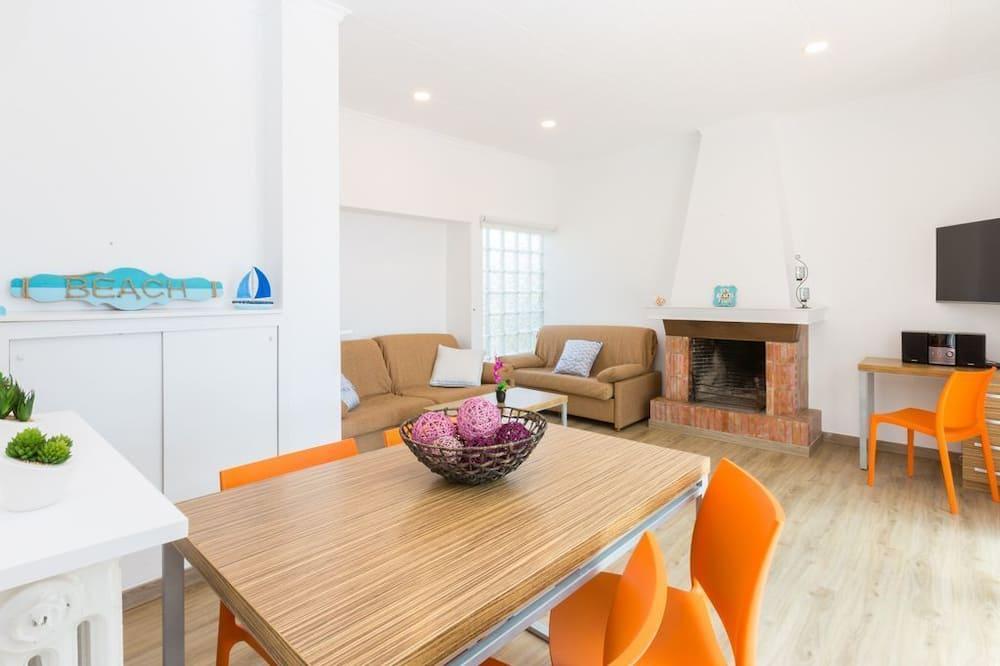 Villa, 2 Bedrooms, Sea View - Living Room