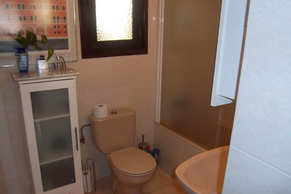 Deluxe Suite, Mountain View - Bathroom Sink