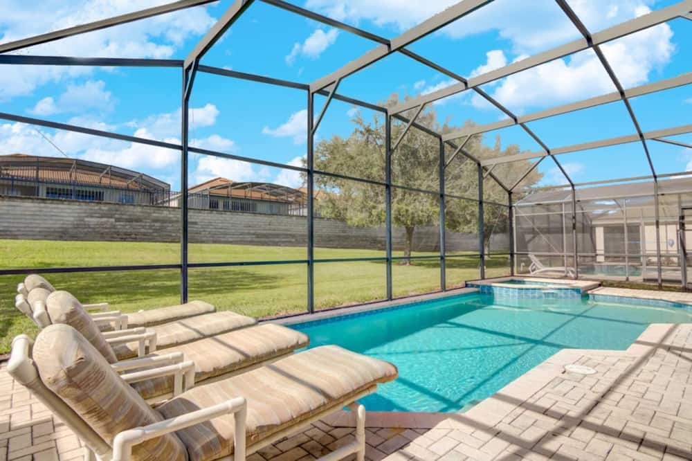Huis, 5 slaapkamers - Binnenzwembad