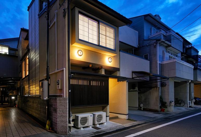 HANARE KYOTO Gojo Bettei, Kyoto