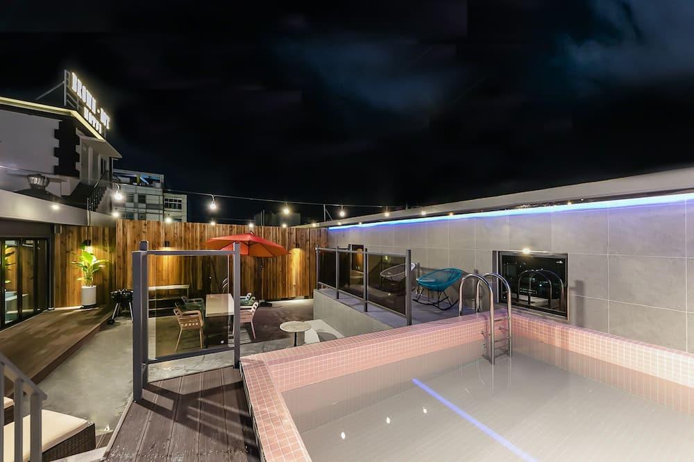 Luksuskattohuoneisto - Yksityinen uima-allas