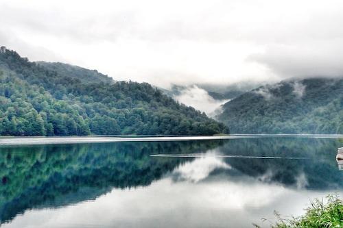 戈伊戈爾湖渡假村/
