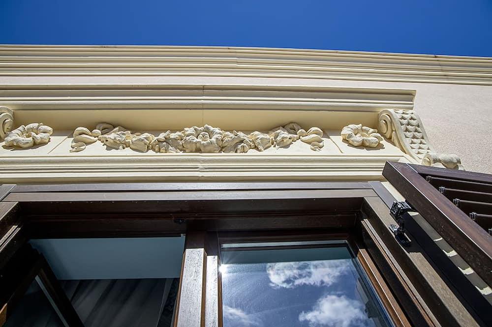 Номер «Эконом», 1 двуспальная кровать (Azzurra o Gialla) - Балкон