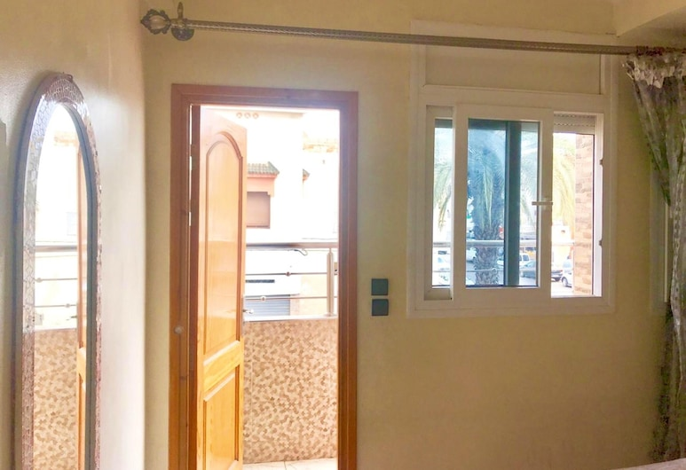 Apartment With one Bedroom in Agadir, With Balcony and Wifi - 1 km From the Beach, Agadir, Phòng