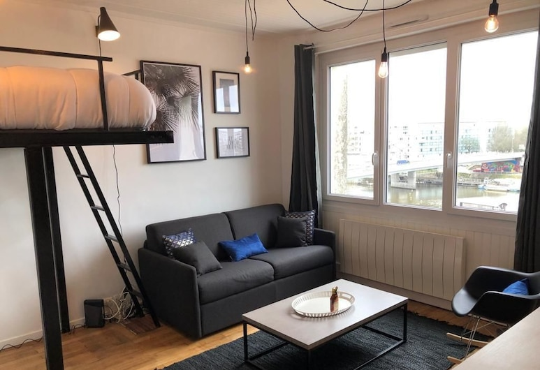 Le Zazu Nantes-TGV-Cite des Congres-LU, Nantes, Studio, Canal View (4th floor), Living Area