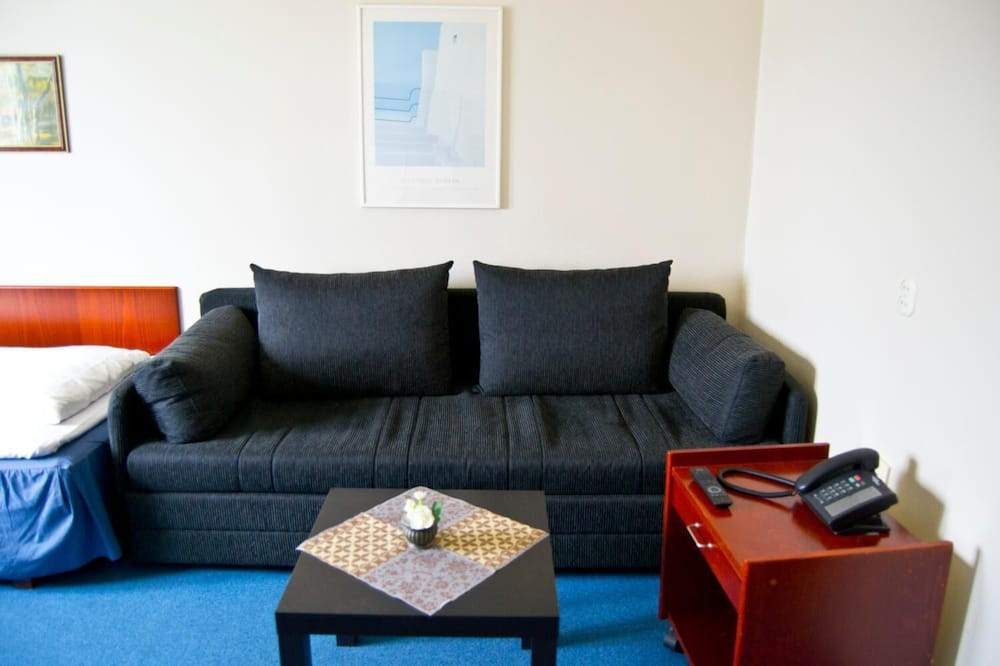 Family Room - Bilik Rehat