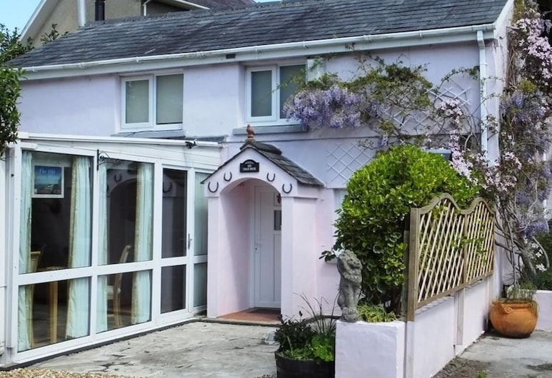 The Old Coach House, Tenby