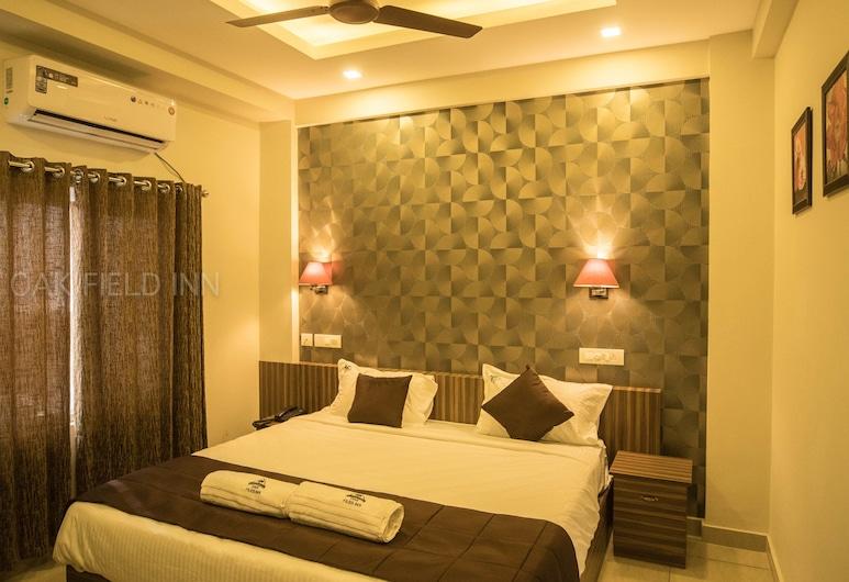 Oak Field Inn, Kochi, Deluxe Double or Twin Room, 1 Queen Bed, City View, Guest Room View