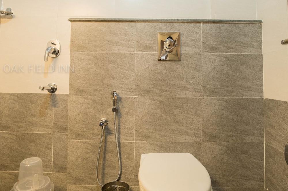 Deluxe Double or Twin Room, 1 Bedroom, City View - Bathroom