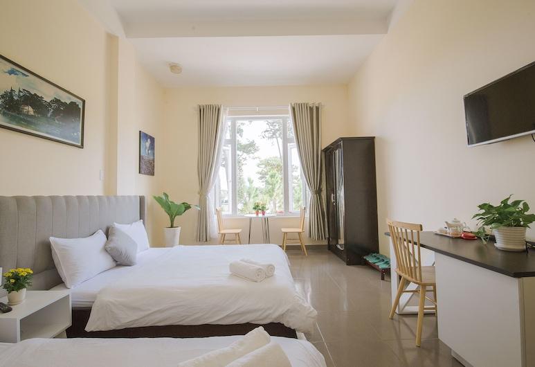 Khach san Thang Lap, Ðà Lat, Panoramic-Doppelzimmer, 2Queen-Betten, Seeblick, Zimmer