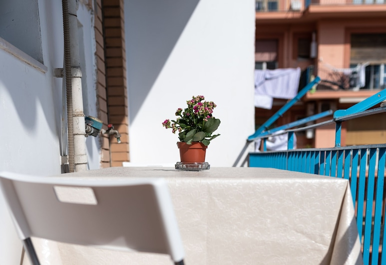 B&B a Napoli da Nanà, Naples, Terrace/Patio