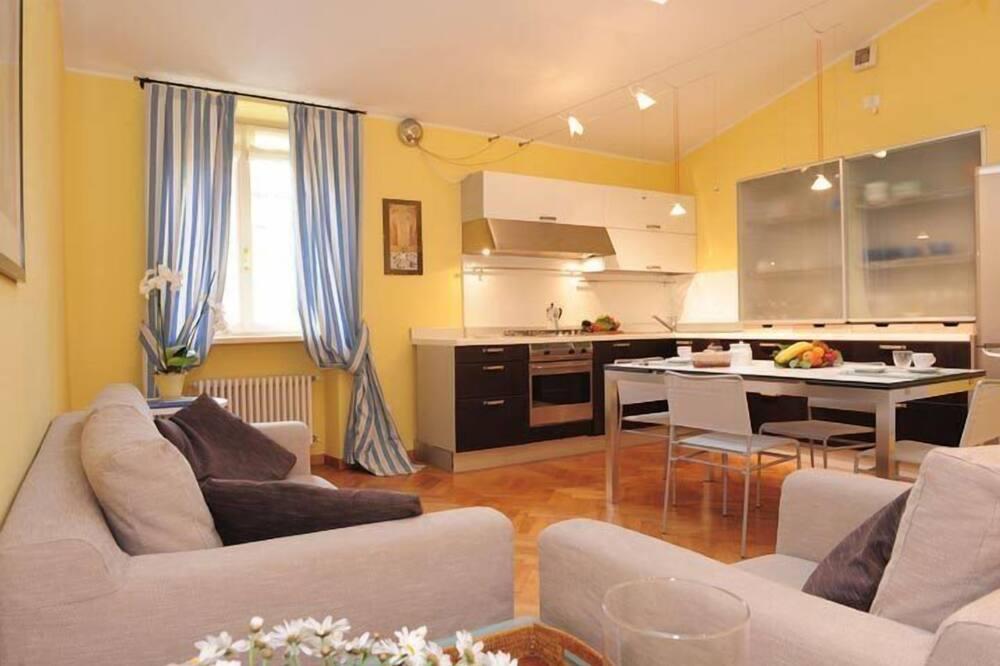 Superior Apartment, 2 Bedrooms, 2 Bathrooms - Living Area