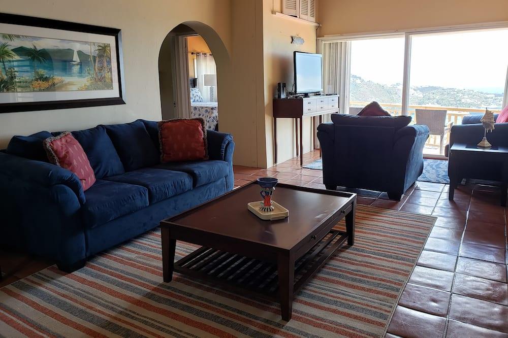 Panoramic Apartment, 2 Bedrooms, Harbor View, Sea Facing, Apt#3 - Житлова площа