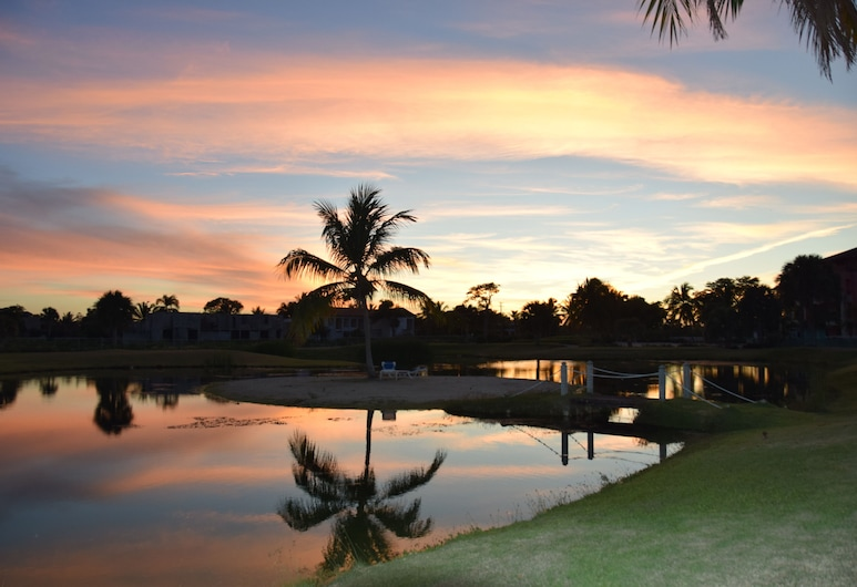 SUNSET RESIDENCES & RESORT PUNTA CANA, Punta Cana, Lake
