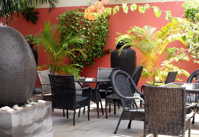 Hotel Chez Jimmy, Port Gentil, Terrazza/Patio
