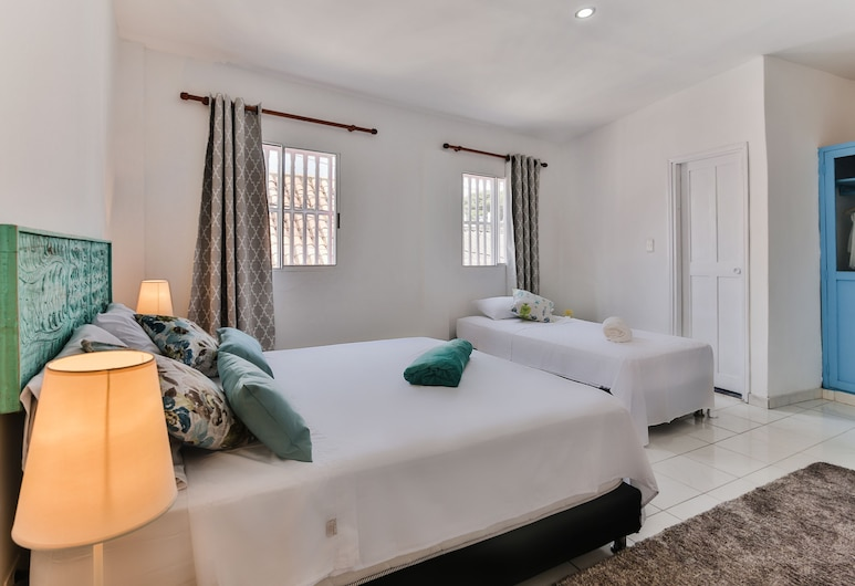 Casa Flora , Cartagena, Deluxe Triple Room, Guest Room