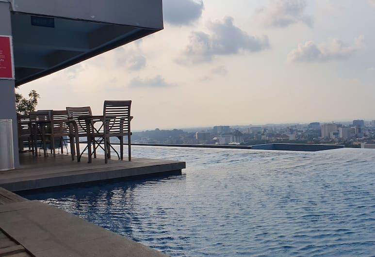 Sun Apartment Semarang, Semarang, Kültéri medence