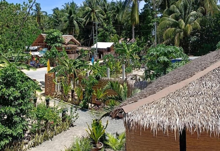 Soeliana Resort, General Luna, חדר זוגי, מיטת קווין, מרפסת, נוף מהמרפסת