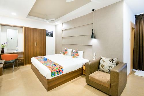 ファブホテル