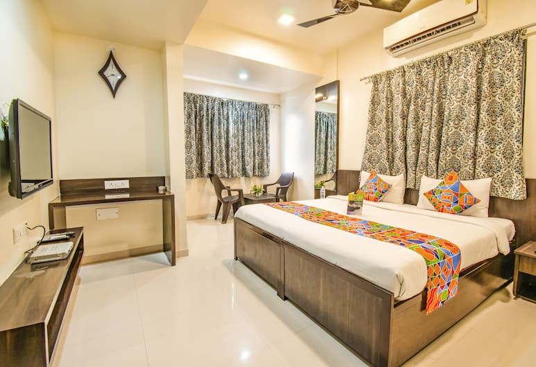 FabHotel Suyog Inn, Pune, Deluxe Room, 1 Double Bed, Guest Room