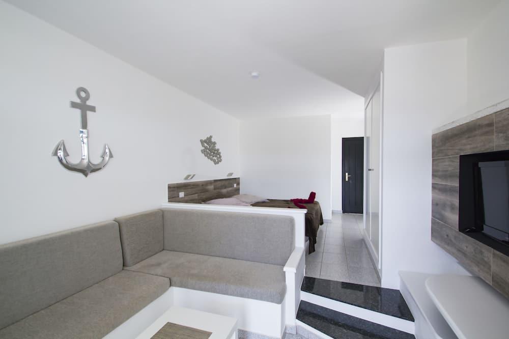 Double Room, Pool View (B) - Living Room