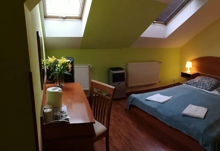 AUSPICIE apartment spol. s r.o., Praha, Klasikinio tipo dvivietis kambarys, 1 didelė dvigulė lova, Svetainės zona