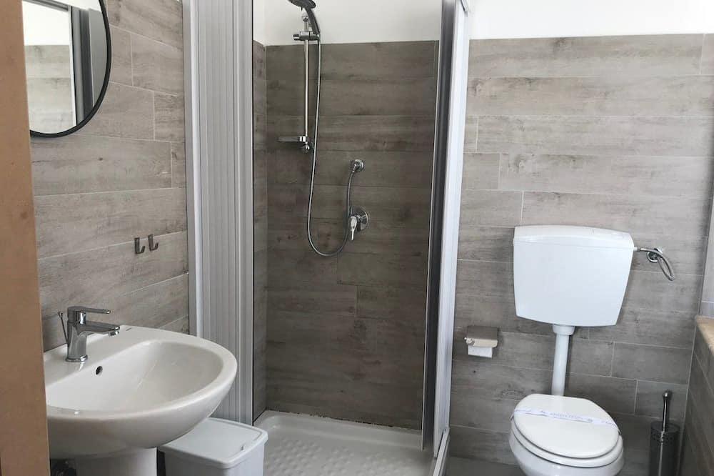 Pagerinto tipo dvivietis kambarys, vaizdas į jūrą - Vonios kambarys