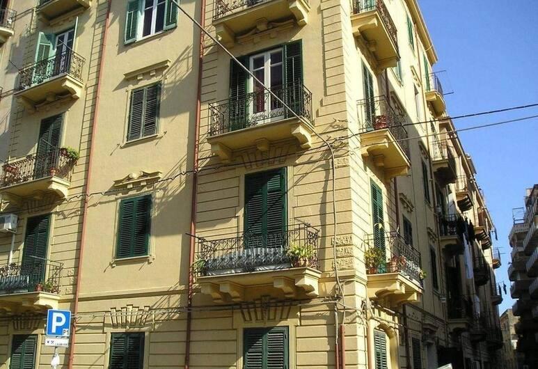 La Casa Dei Colori, Palerme, Extérieur