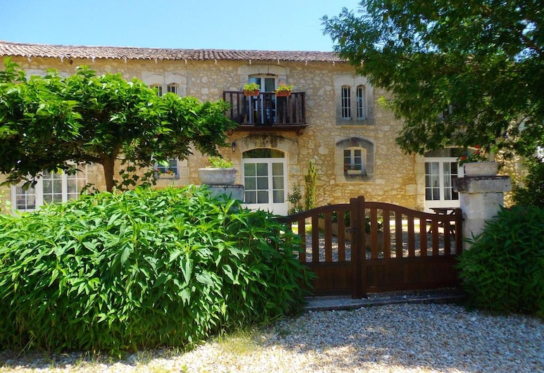 House With 2 Bedrooms in Saint-front-de-pradoux, With Shared Pool and Furnished Garden, Saint-Front-de-Pradoux