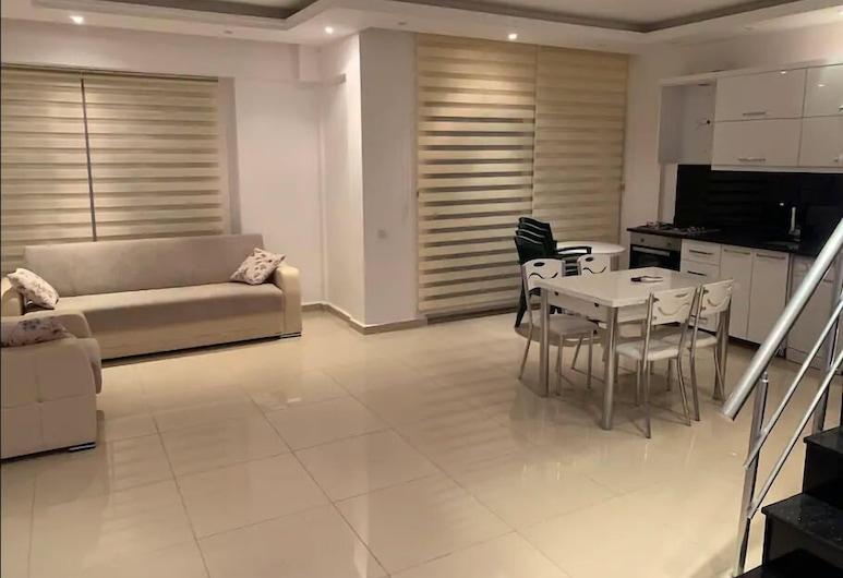 Sun Homes Kleopatra 4 bedroom, Alanya, Apartment, 4 Bedrooms, Living Area
