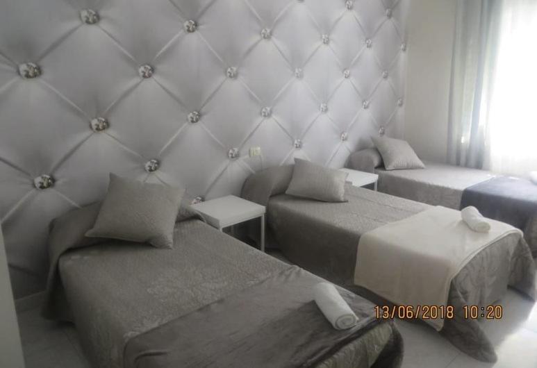 La Torre Hostel, Caldas de Reis, Fælles sovesal - mænd/kvinder (Triple Room), Værelse