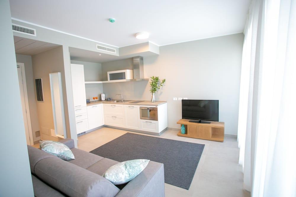 Luxury Suite, Lagoon View - Living Area