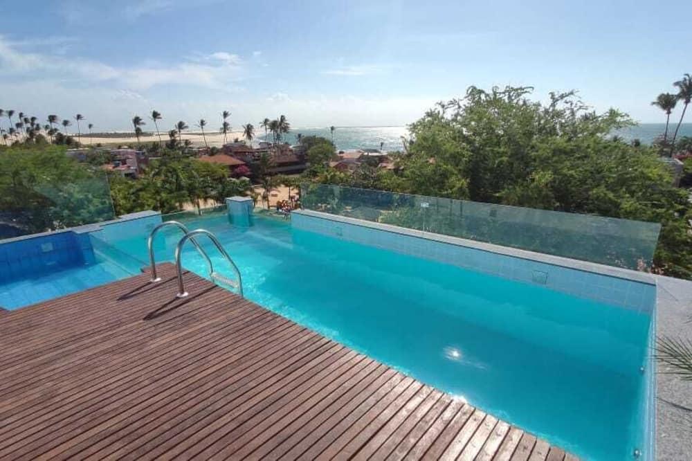 Bazén na streche
