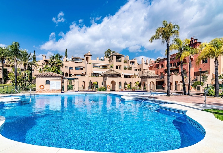 Apartment With 3 Bedrooms in Malaga, With Shared Pool, Enclosed Garden and Wifi - 1 km From the Beach, Estepona, Medence