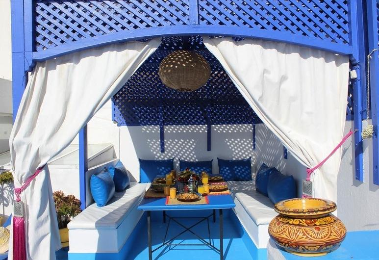 DAR OUBIL, Essaouira, Family House, Terrace/Patio